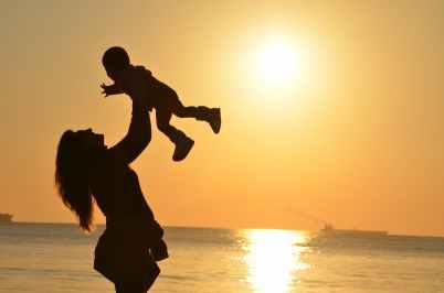 mother-daughter-love-sunset-51953.jpeg